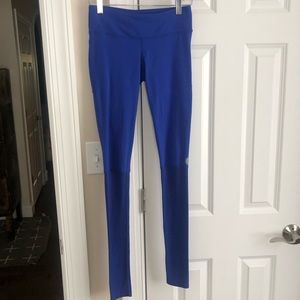 Pure Barre Vibrant Blue Slouchy Bottom Leggings S